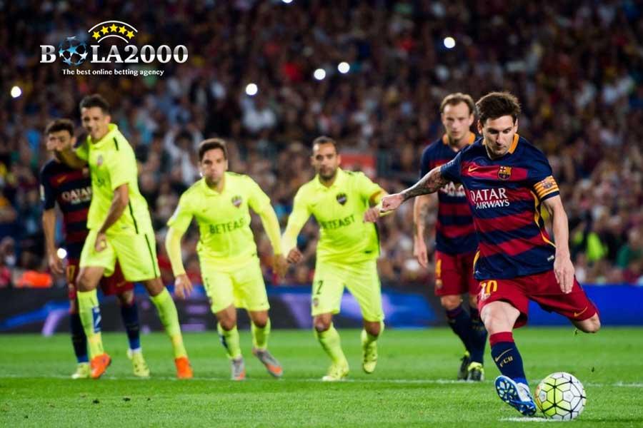 Tendangan Pinalti Lionel Messi